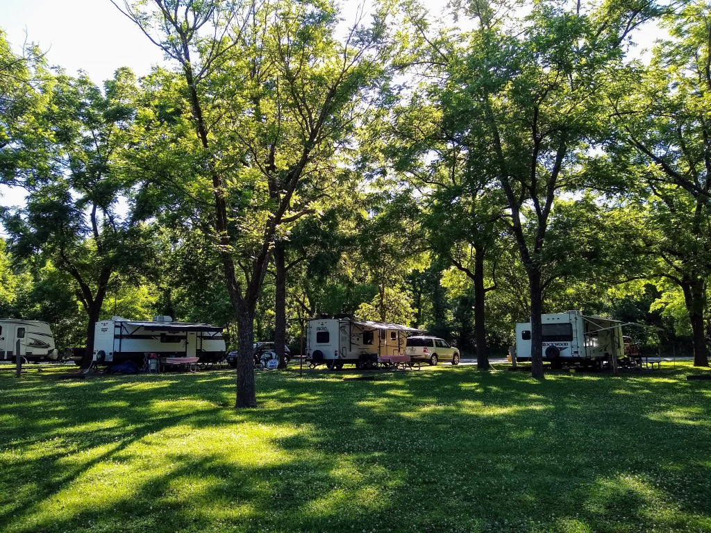 4 campsites at Meramec State Park.