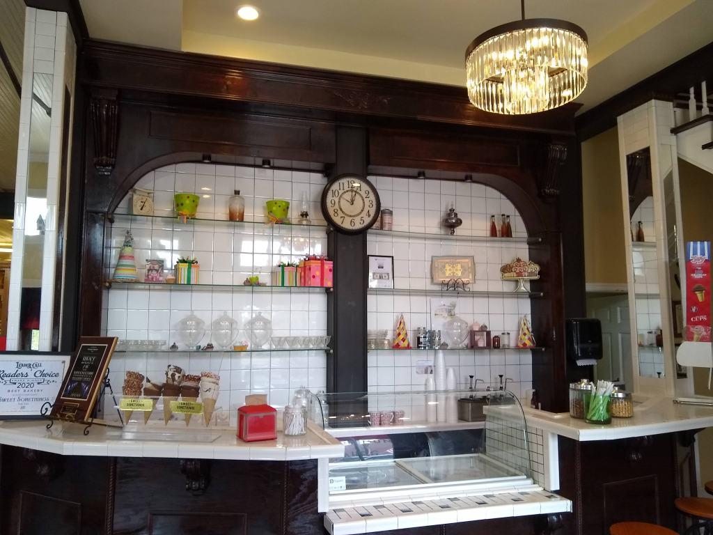 Inside of Sweet Somethings bakery.