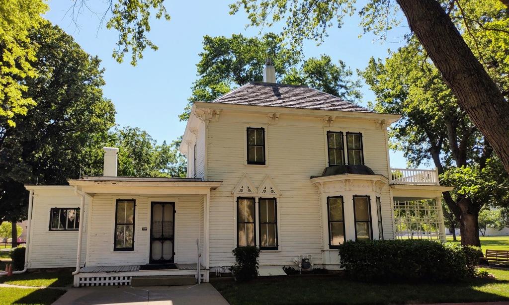 Side view of Eisenhower boyhood home.