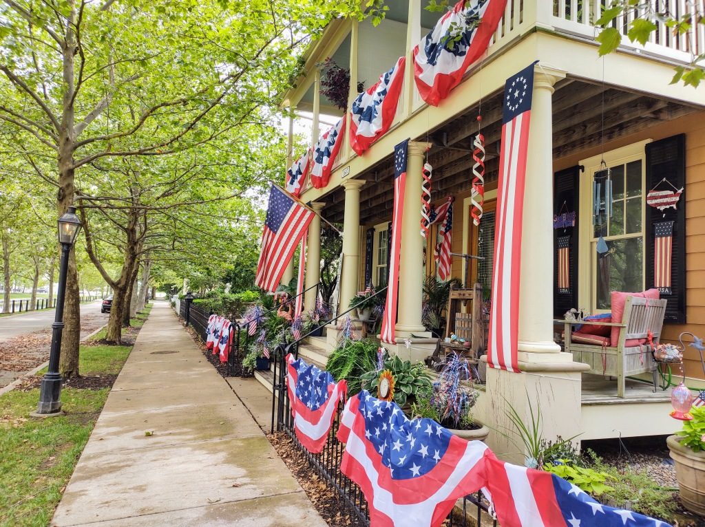 Home with 4th of July decorations.