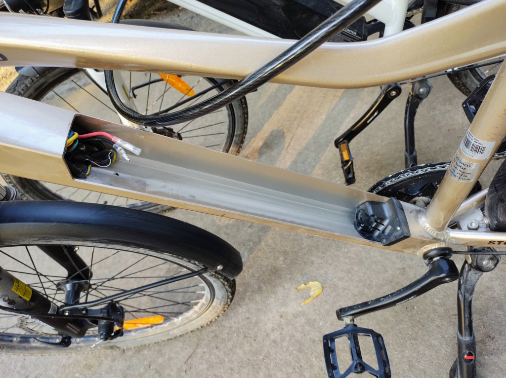 Dan's ebike with missing battery.
